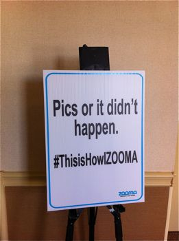 ZOOMA sign