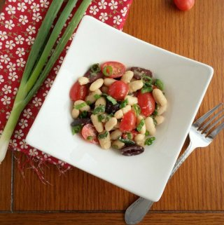 White Bean Tomato and Kalamata Olive Salad
