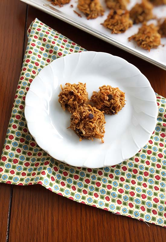 Coconut Chocolate Chip Macarooons