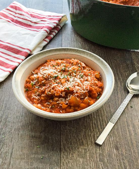 7 Ingredient Italian Chicken White Bean Soup