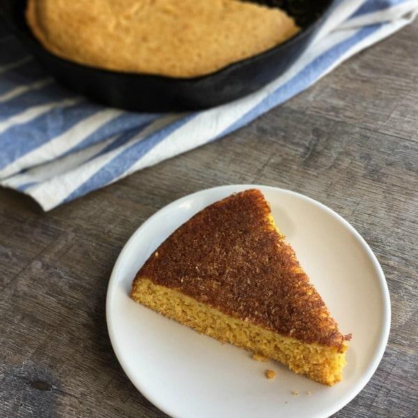 Skillet Cornbread - Healthier Dishes